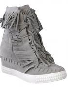 Buty sneakersy szare frędzle zamsz na koturnie...