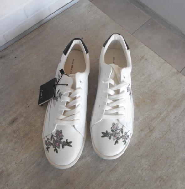 Zara nowe białe tenisówki hafty zdobione 37