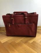 Czerwona torba ZARA...