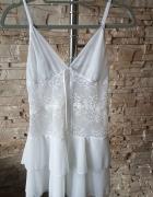 Biała koszulka nocna...