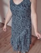 Wzorzysta granatowa sukienka 40