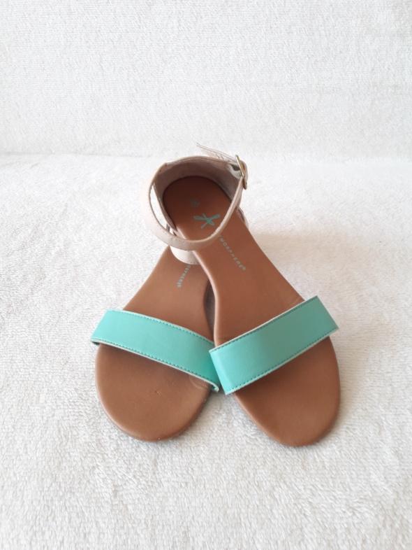 Beżowo turkusowe sandały rozmiar 37