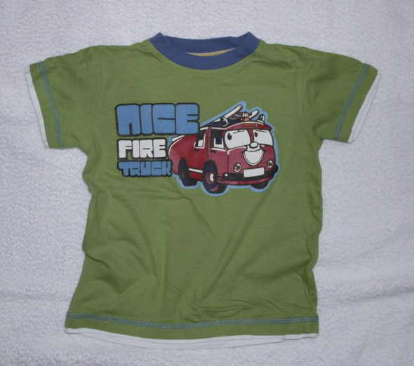Zielona bluzeczka samochody 98
