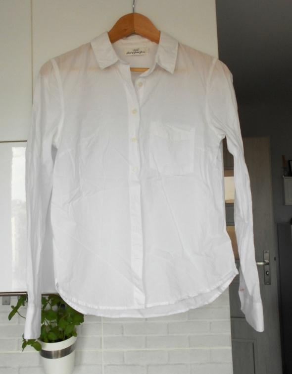 HM biała koszulka bawełna klasyka minimalizm