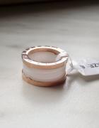 Nowa złota 18 karatowa obrączka z ceramiką