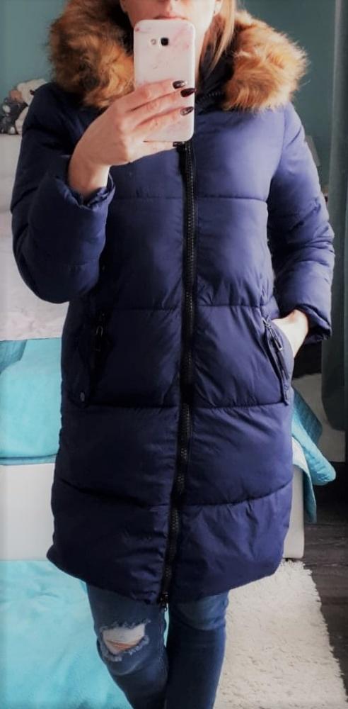 Śliczny granatowy zimowy płaszcz Carry z futerkiem S M