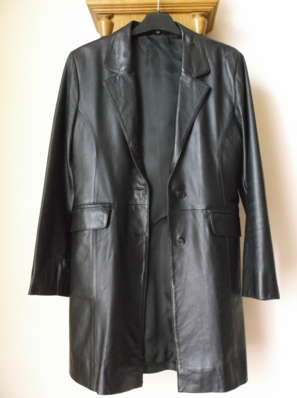 Czarny płaszcz 36 skóra naturalna
