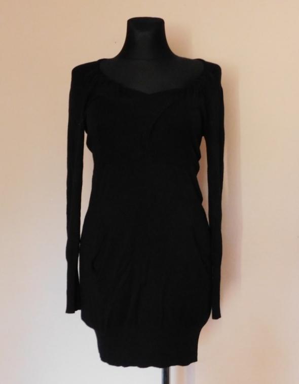Apricot czarna sukienka dzianina midi 38