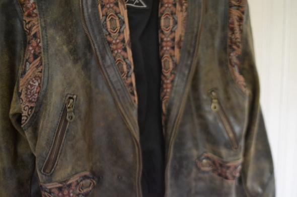 Unikatowa skórzana kurtka 40