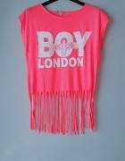 Różowa bluzka z frędzlami...