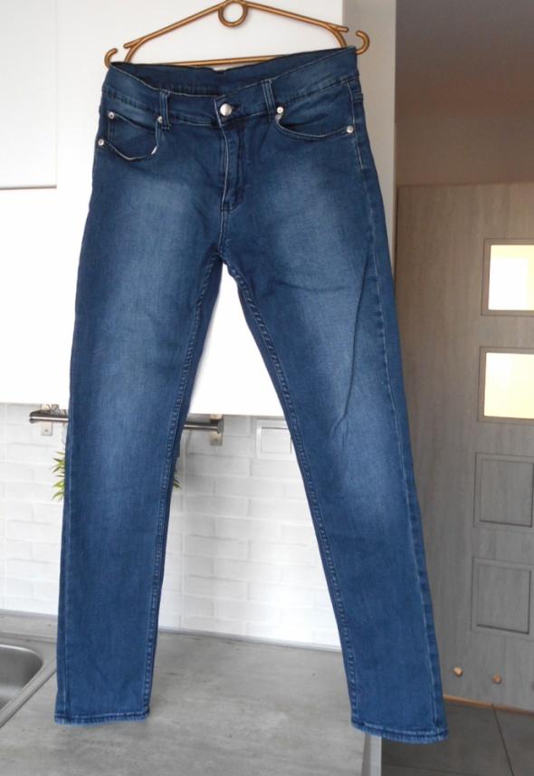 Cheap Monday jeansy spodnie jeansowe rurki 32