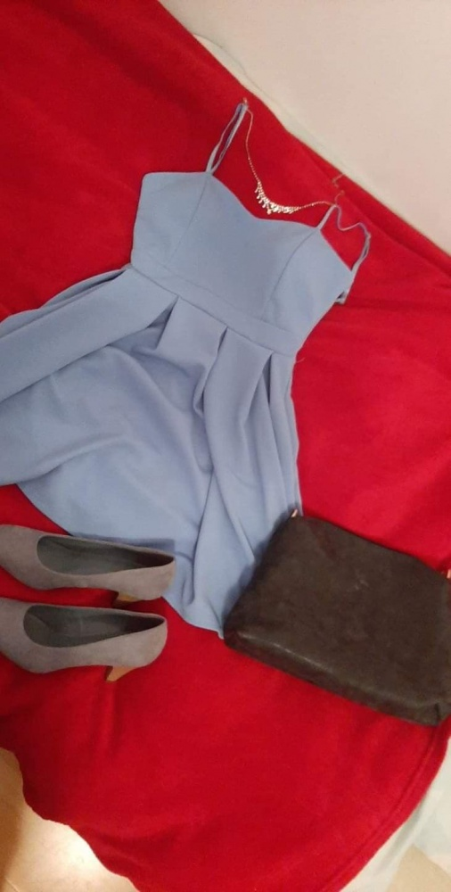 Błękitna sukienka mini...
