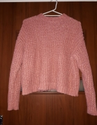 Różowy ciepły sweter...