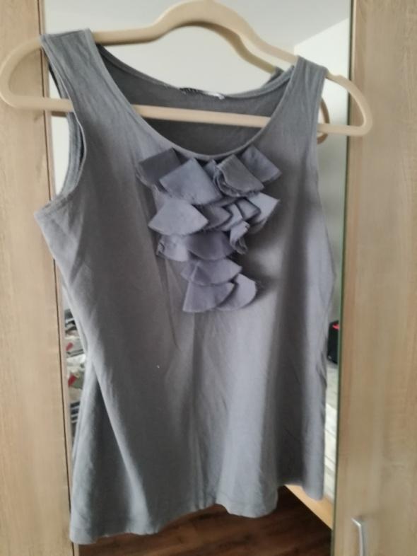 Bluzka top ze zdobieniem