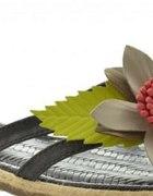 Czarne Japonki Kwiat 38
