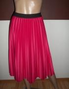 Oiękna modna plisowana spódniczka...