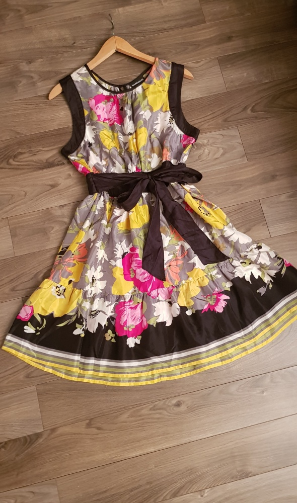 Sukienka Warehouse r M L kwiaty jedwab silk...