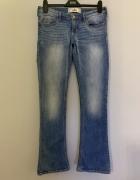 jeansy Hollister W30 L 33 11R...