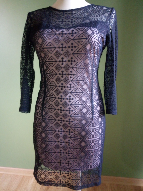 Koronkowa sukienka 38 Mango...