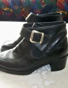 Czarne ekoskórzane botki klasyczne na obcasie buty ekoskóra...