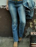 jeansy z przetarciami Next...