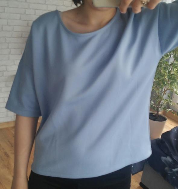 Reserved błękitna elegancka bluzka