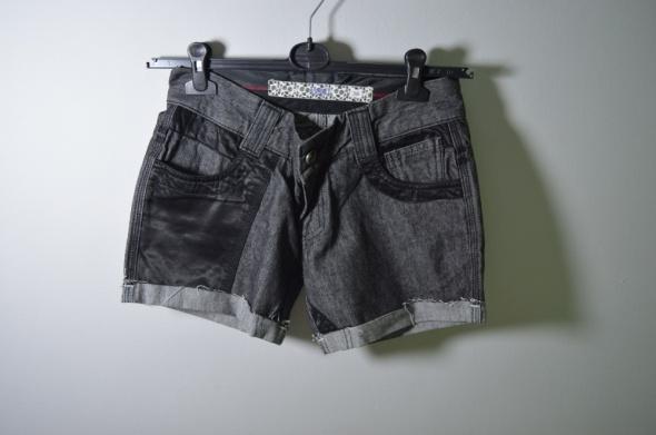Spodenki jeansowe czarne BSL rozm S 36...
