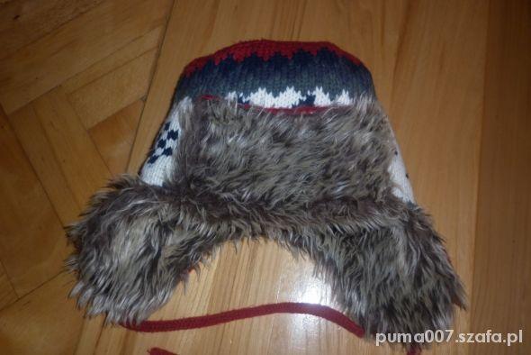 czapka z futerkiem