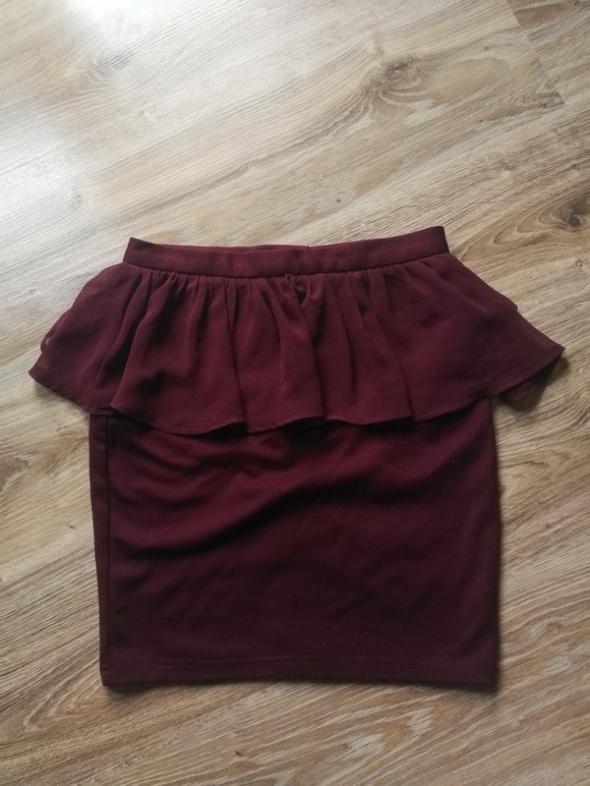 Spódnica mini burgundowa z falbanką amisu