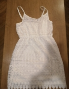Sukienka biała...