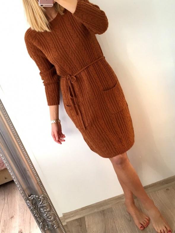 sukienka swetrowa H&M