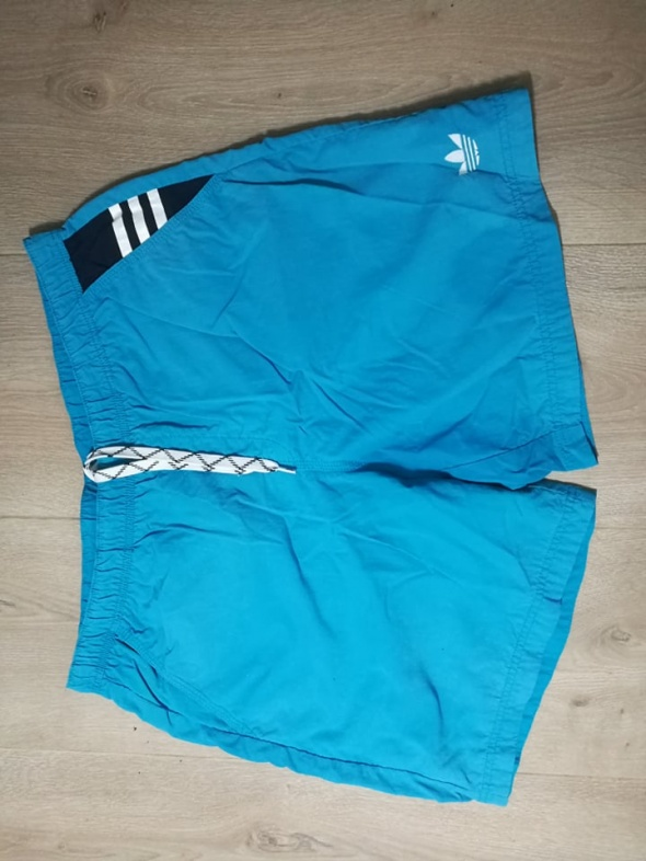 Niebieskie męskie spodenki kąpielowe adidas L