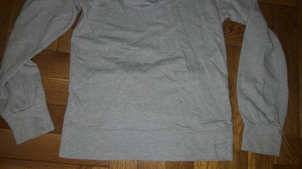 Szara bluza w pask Nike S z kapturem w Bluzy Szafa.pl