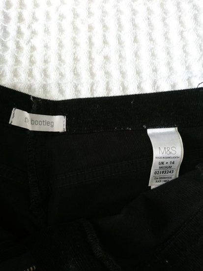 Spodnie sztruksy czarne M&s