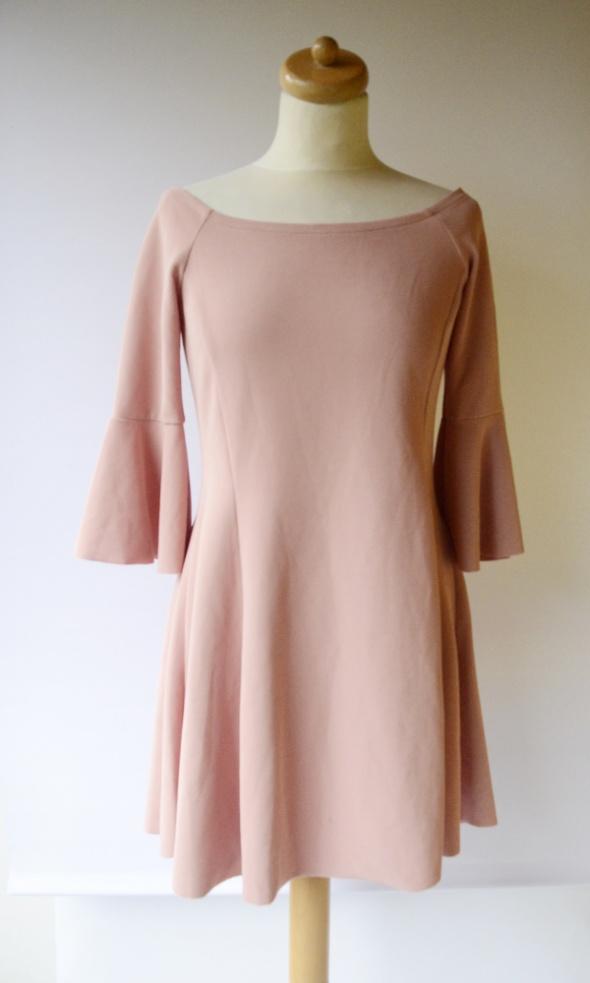 Sukienka L 40 Stradivarius Hiszpanka Elegancka Różowa Róż...