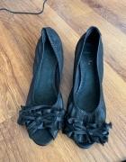 Czarne balerinki...