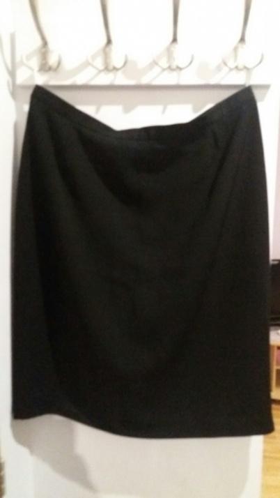 Spódnice Wizytowa spódnica 44 46 48 czarna