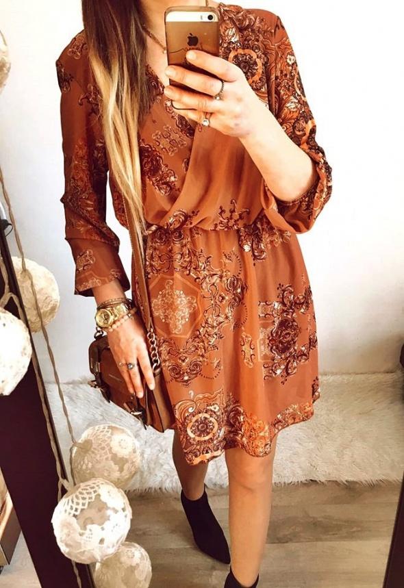 Sukienka Damska w ornamenty M L