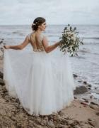 Zwiewna koronkowa suknia ślubna odkryte plecy jedwabny tiul...