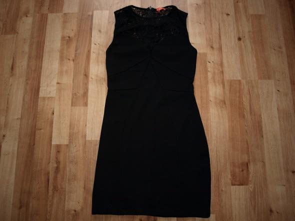 Sukienka Oasis XS