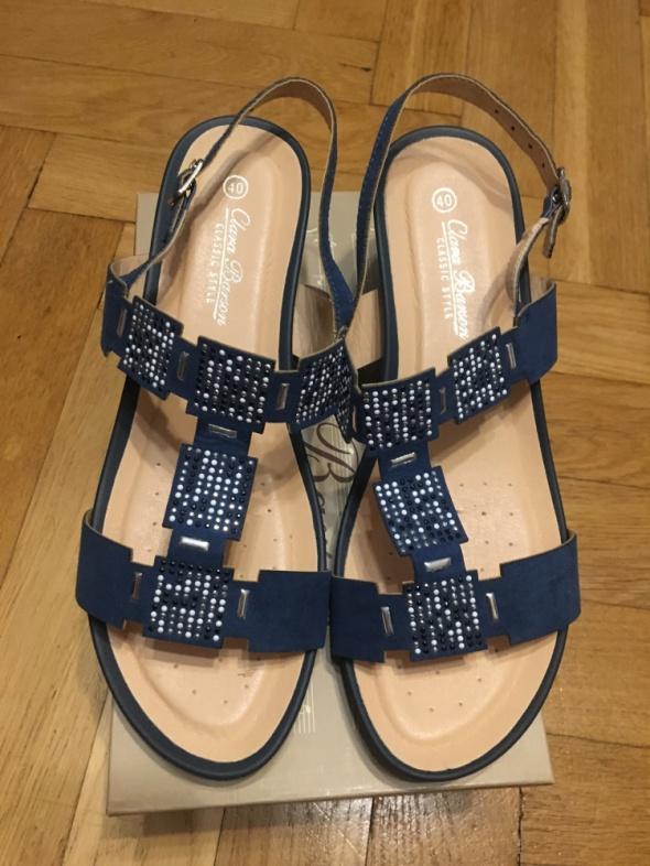 Sandały damskie nowe 40...