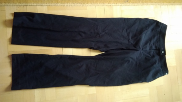 Spodnie z materiału czarne