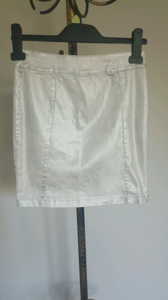 Srebrna spódnica