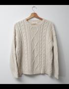 Sweter jasny kremowy cieply oversize...
