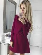 Sukienka z gumką w talii elegancka