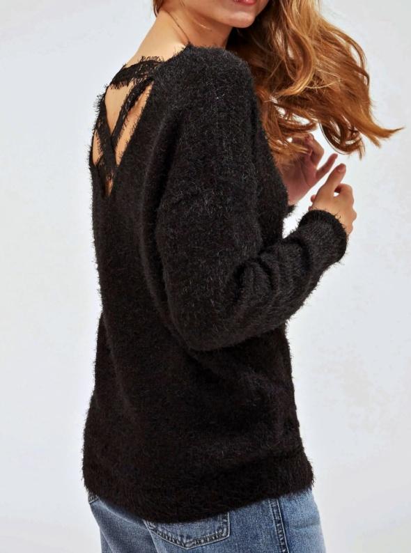 Miękki Czarny Sweter Włochacz Włochaty Fluffy Krzyżowane Plecy Koronkowe Strapsy Paski Rock Goth