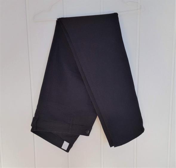Czarne spodnie jeansy H&M skinny rurki 46 XXXL 3XL dżinsy proste