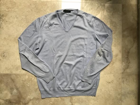 Sweter Zara niebieski z dekoltem V błękitny