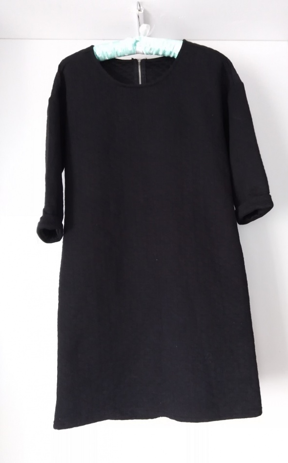pikowana ciepła sukienka