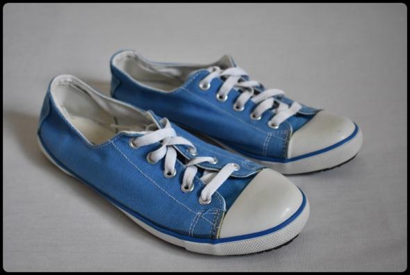 Niebieskie trampki damskie Gambol rozmiar 38 wkładka 24 cm